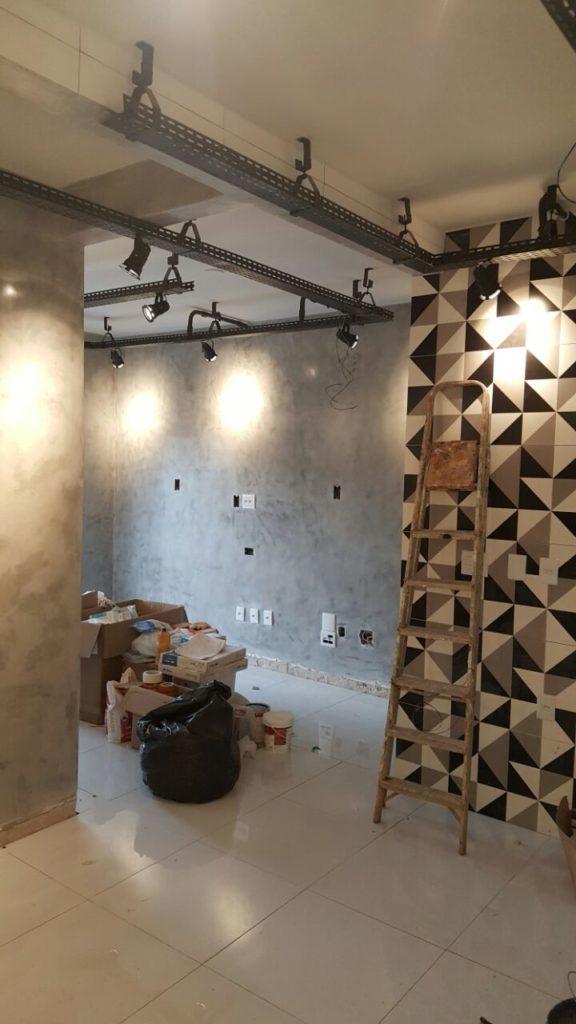 4.4 576x1024 - Cimento Queimado: Aprenda a fazer a parede do Mestre da Obra