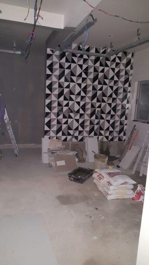 etapa 1 576x1024 - Cimento Queimado: Aprenda a fazer a parede do Mestre da Obra